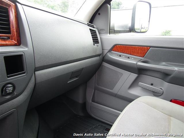 2006 Dodge Ram 1500 SLT Lifted 4X4 Mega Cab Short Bed - Photo 17 - Richmond, VA 23237