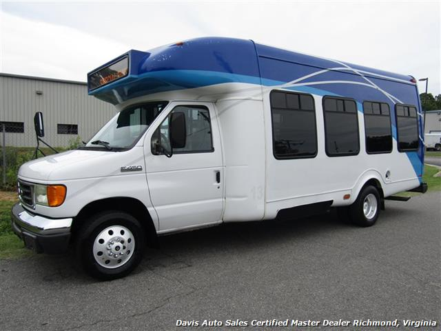 2007 Ford E450 Super Duty Startrans Passenger Shuttle Bus Wheelchair Accessable DRW - Photo 1 - Richmond, VA 23237