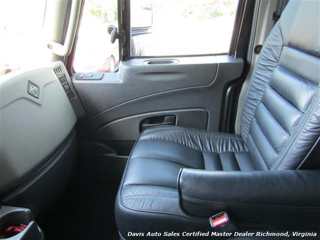 2014 International TerraStar TR005 4X4 Custom Crew Cab Hauler Bed Low Mileage Super - Photo 4 - Richmond, VA 23237