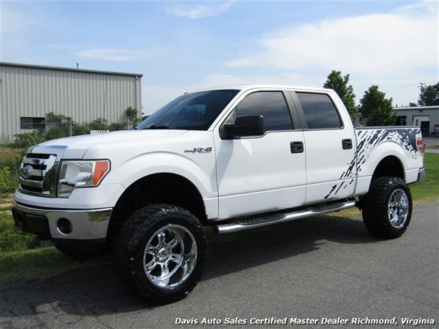 2010 Ford F-150 XLT Lifted 4X4 SuperCrew Short Bed - Photo 1 - Richmond, VA 23237