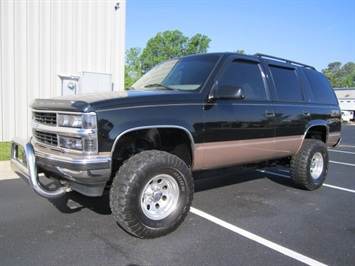 1999 Chevrolet Tahoe LS SUV