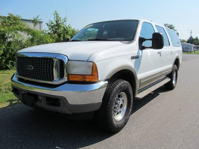 Davis Auto Sales Photos For 2001 Ford Excursion Limited