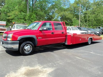 2004 Chevrolet Silverado 3500 LS Truck