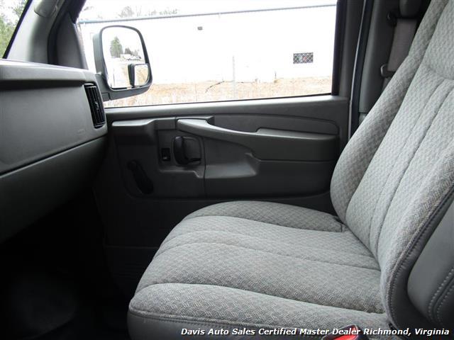 2004 Chevrolet Express 1500 AWD 4X4 Commercial Work Cargo - Photo 6 - Richmond, VA 23237