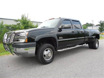 2004 Chevrolet Silverado 3500 LT Truck