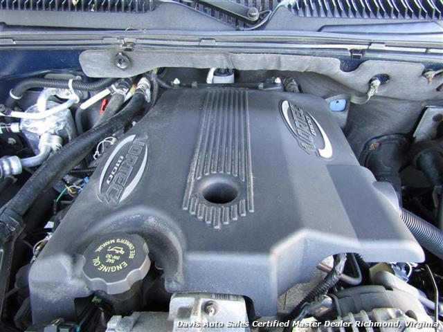 Davis Auto Sales Photos For 2002 Chevrolet Suburban 2500