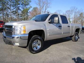 2009 Chevrolet Silverado 2500 LT Truck