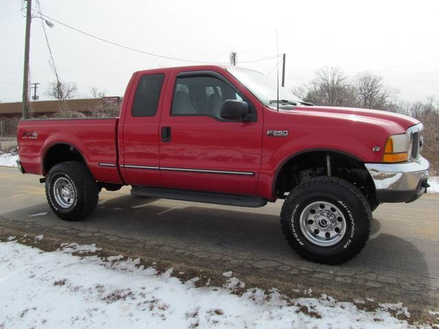 Davis Auto Sales - Photos for 1999 Ford F-250 Super Duty XLT