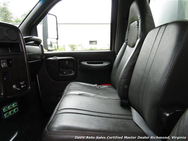 2008 Chevrolet C4500 Kodiak/Topkick Duramax Diesel Regular Cab Flat Bed Utility Work - Photo 6 - Richmond, VA 23237