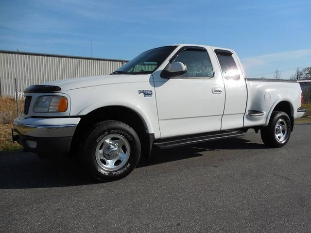 Ford specialty vehicles ford f 150 mustang and focus rs for Loudon motors ford minerva