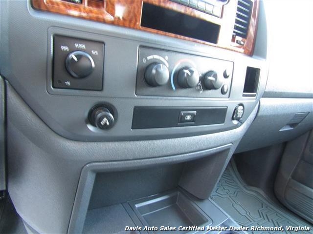 2006 Dodge Ram 1500 HD SLT Fully Loaded Hemi 4X4 Mega Cab Short Bed - Photo 18 - Richmond, VA 23237