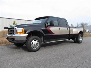 2001 Ford F-350 Super Duty Lariat Truck