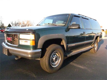 1999 GMC Suburban K2500 SUV