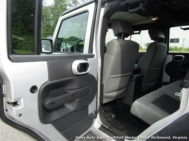 2010 Jeep Wrangler Unlimited Sport Lifted 4X4 Off Road Modified - Photo 8 - Richmond, VA 23237