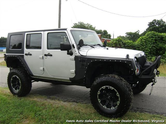 2010 Jeep Wrangler Unlimited Sport Lifted 4X4 Off Road Modified - Photo 12 - Richmond, VA 23237