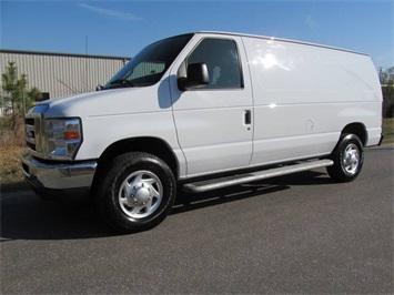2013 Ford E-Series Cargo E-250 Van