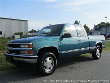 1997 Chevrolet Silverado C/K 10 4X4 Extended Cab Short Bed Truck
