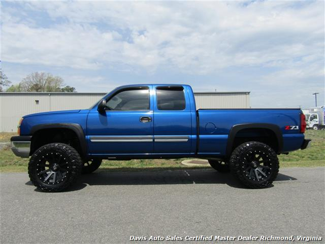 2004 Chevrolet Silverado 1500 LS Z71 Lifted 4X4 Extended Cab Short Bed