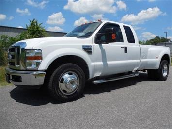 2009 Ford F-350 Super Duty Lariat Truck