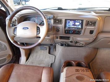 2003 Ford F-250 Super Duty Lariat Crew Cab 4x4 - Photo 45 - Brighton, CO 80603