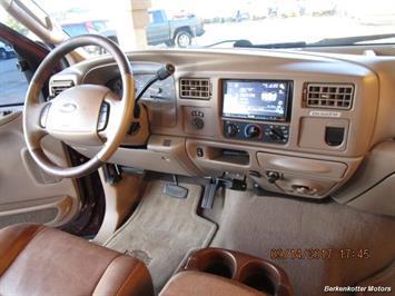 2003 Ford F-250 Super Duty Lariat Crew Cab 4x4 - Photo 48 - Brighton, CO 80603