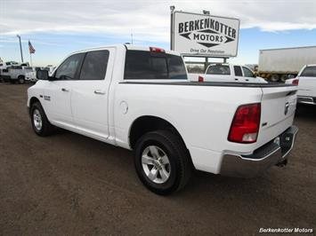 2013 Ram 1500 SLT Crew Cab 4x4 HEMI - Photo 4 - Castle Rock, CO 80104