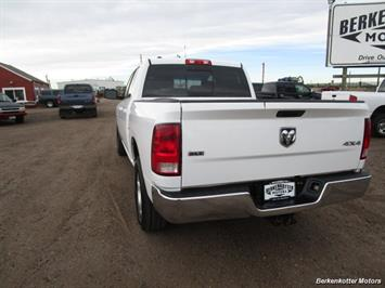 2013 Ram 1500 SLT Crew Cab 4x4 HEMI - Photo 5 - Castle Rock, CO 80104