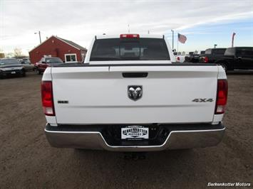2013 Ram 1500 SLT Crew Cab 4x4 HEMI - Photo 6 - Castle Rock, CO 80104
