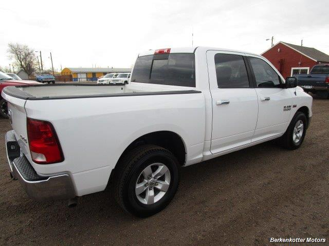 2013 Ram 1500 SLT Crew Cab 4x4 HEMI - Photo 8 - Castle Rock, CO 80104
