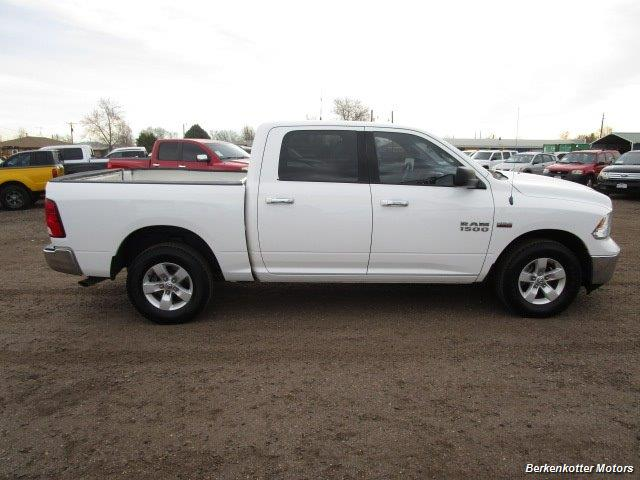 2013 Ram 1500 SLT Crew Cab 4x4 HEMI - Photo 9 - Castle Rock, CO 80104
