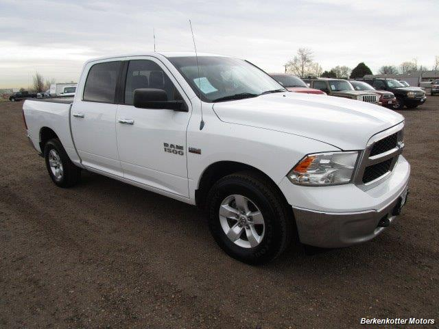 2013 Ram 1500 SLT Crew Cab 4x4 HEMI - Photo 10 - Castle Rock, CO 80104
