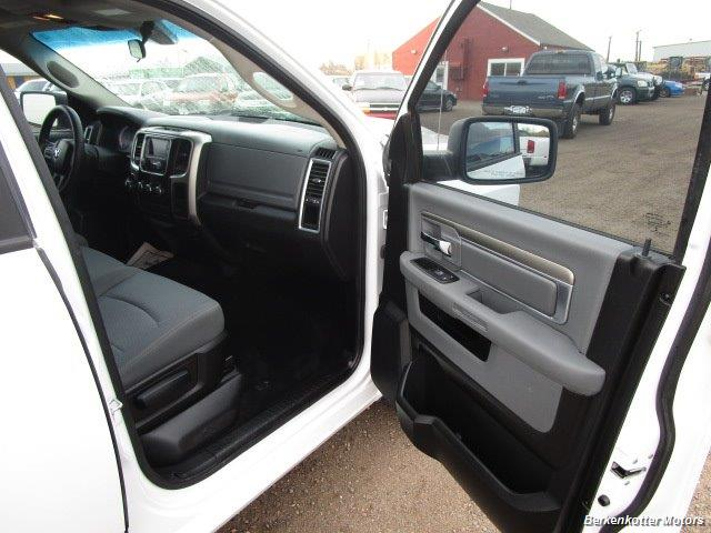 2013 Ram 1500 SLT Crew Cab 4x4 HEMI - Photo 26 - Castle Rock, CO 80104