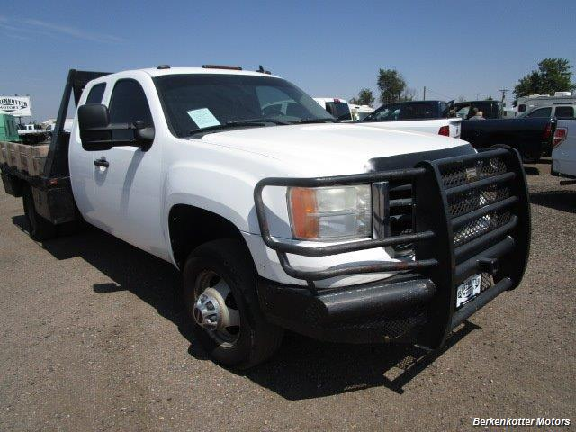 2008 GMC Sierra 3500 Extended Cab Dually 4x4 - Photo 13 - Brighton, CO 80603