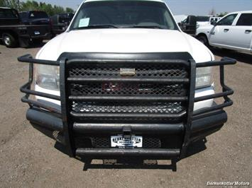 2008 GMC Sierra 3500 Extended Cab Dually 4x4 - Photo 12 - Brighton, CO 80603
