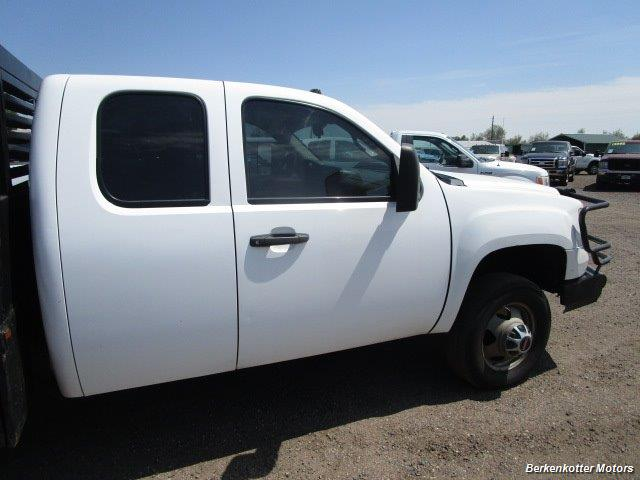 2008 GMC Sierra 3500 Extended Cab Dually 4x4 - Photo 25 - Brighton, CO 80603