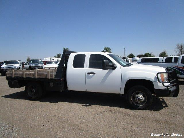 2008 GMC Sierra 3500 Extended Cab Dually 4x4 - Photo 2 - Brighton, CO 80603