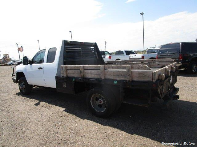 2008 GMC Sierra 3500 Extended Cab Dually 4x4 - Photo 8 - Brighton, CO 80603