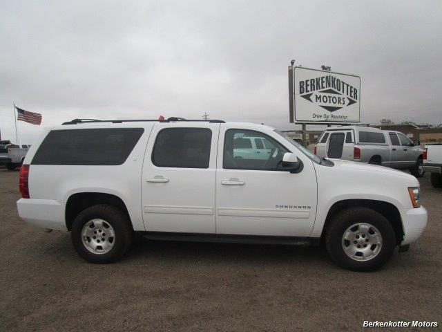 2014 Chevrolet Suburban LT 1500 - Photo 3 - Brighton, CO 80603