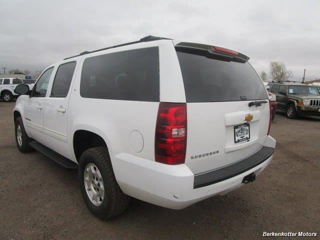 2014 Chevrolet Suburban LT 1500 - Photo 7 - Brighton, CO 80603