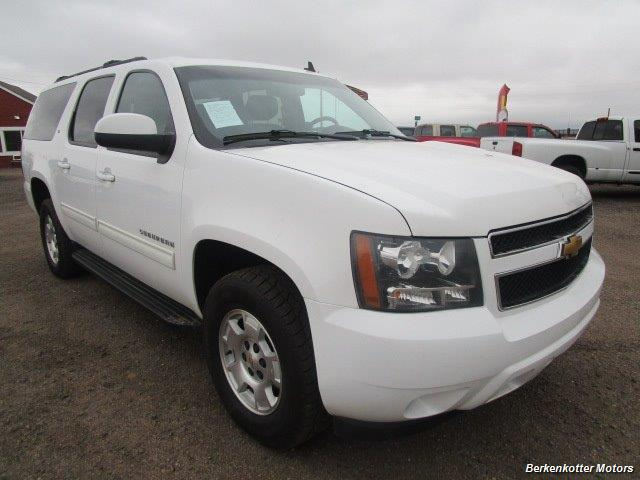 2014 Chevrolet Suburban LT 1500 - Photo 2 - Brighton, CO 80603