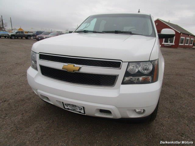 2014 Chevrolet Suburban LT 1500 - Photo 12 - Brighton, CO 80603