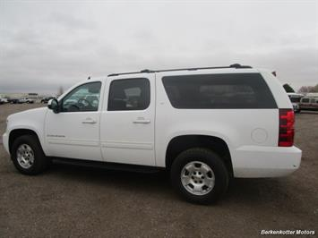 2014 Chevrolet Suburban LT 1500 - Photo 8 - Brighton, CO 80603