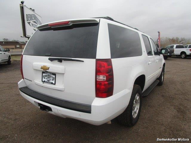 2014 Chevrolet Suburban LT 1500 - Photo 5 - Brighton, CO 80603