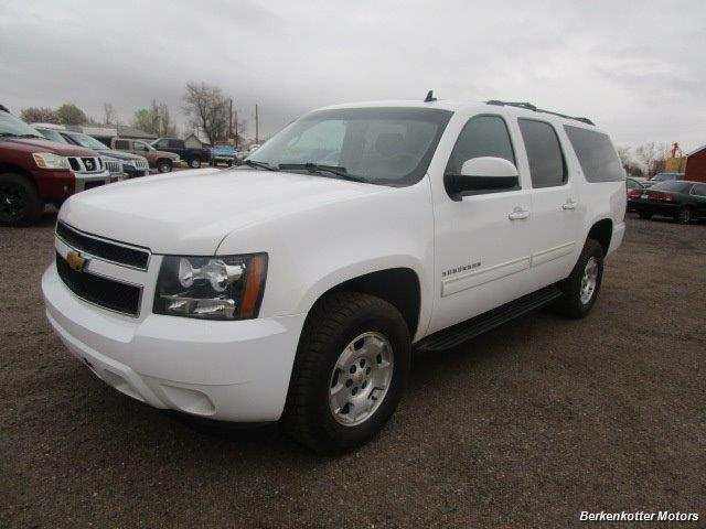 2014 Chevrolet Suburban LT 1500 - Photo 11 - Brighton, CO 80603