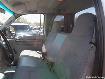 2007 Ford F-250 Super Duty XL Extended Supercab 4x4 - Photo 11 - Brighton, CO 80603