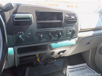 2007 Ford F-250 Super Duty XL Extended Supercab 4x4 - Photo 13 - Brighton, CO 80603
