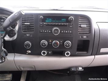 2007 Chevrolet Silverado 1500 XLT Extended Cab 4x4 - Photo 11 - Brighton, CO 80603