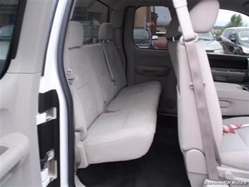 2007 Chevrolet Silverado 1500 XLT Extended Cab 4x4 - Photo 18 - Brighton, CO 80603