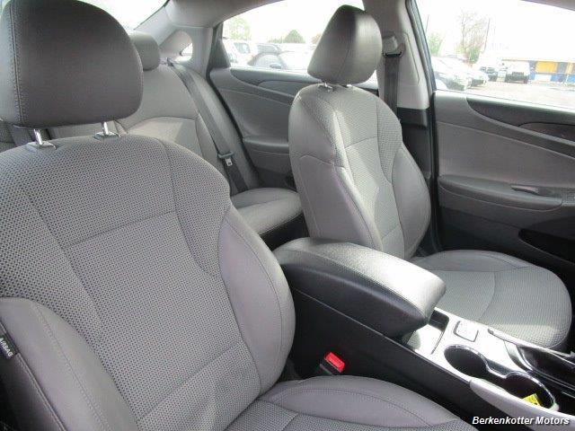 2013 Hyundai Sonata SE - Photo 28 - Brighton, CO 80603