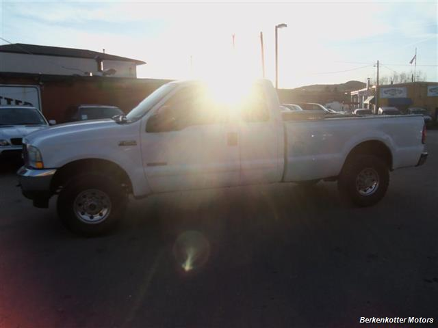 2003 Ford F-250 Super Duty XL 4dr SuperCab XL - Photo 5 - Brighton, CO 80603